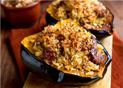 Squash Stuffed with Spicy Beef