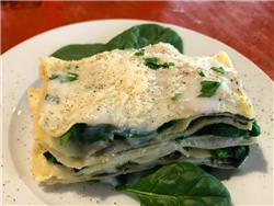 White Lasagne with Spinach and Bechamel Sauce