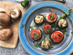 Mushrooms Stuffed with Chile & Onion