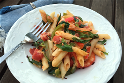 Penne with Smoked Gouda, Bell Pepper, and Spinach